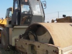 USED SD100D ROAD ROLLER